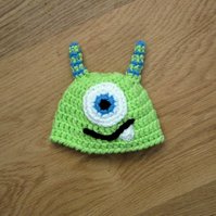 FAB MONSTER Baby Beanie Crochet Hat  Photo Prop  0-3 months more colours & sizes
