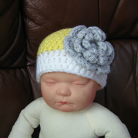 Pretty two colour baby BEANIE Crochet HAT & flower Newborn Photo Prop 0-3 months
