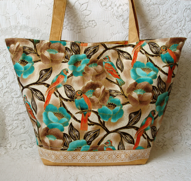 Birds and flowers tote