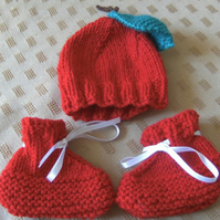 Hand knitted apple newborn baby set