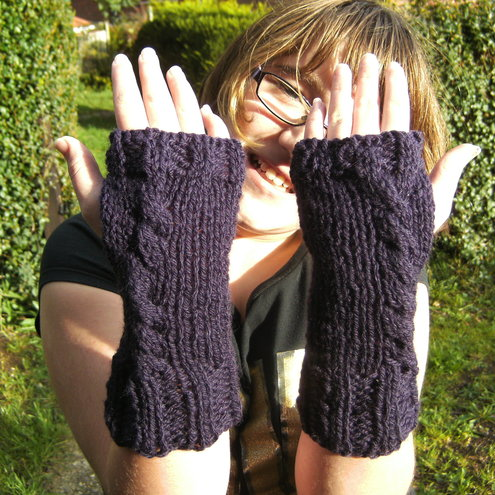Purple Cable Fingerless Gloves