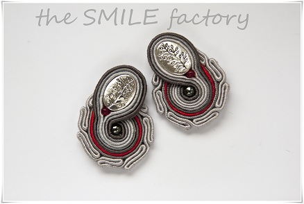 Earrings - grey hand embroidered soutache stud earrings.