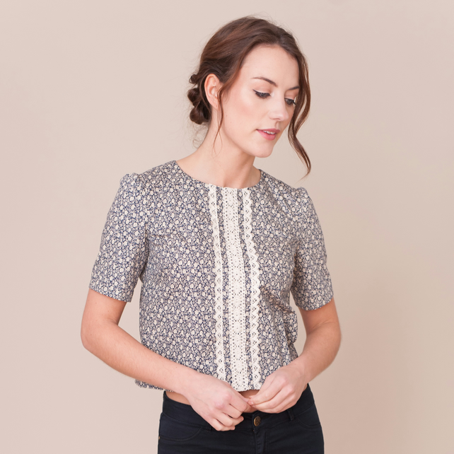 SALE Floral top with lace trim