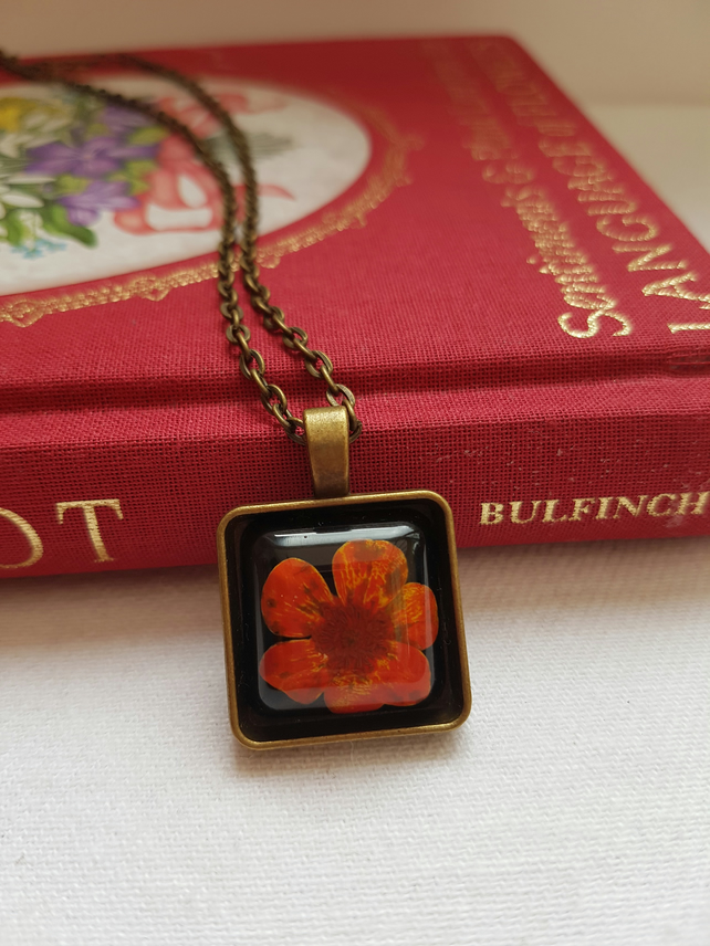 Real Red Flower Bronze Tray Necklace