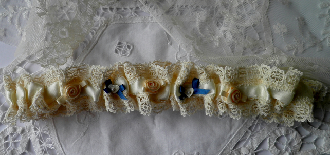 Pretty Vintage Lace Wedding Garter