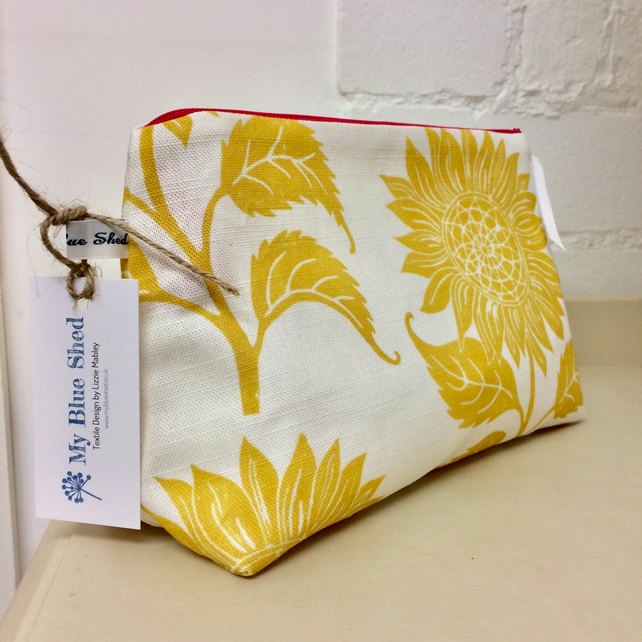 Sunflower zipped cosmetic bag