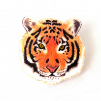 Tiger Brooch, big cat, jungle, animal jewellery, pin