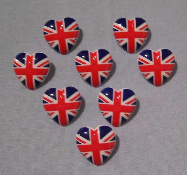 5 x Union flag heart buttons (approx 21mm at widest point)