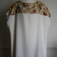 Ivory plus size tunic, size uk 28, FREE UK SHIPPING