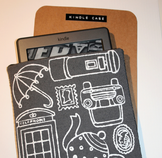 Grey 'Made in England' Kindle Case with Neoprene Lining