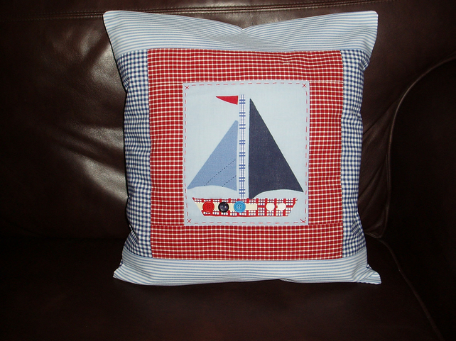 Cotton patchwork boat cushion