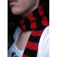 Red & Black Skinny Punk Scarf