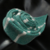 Gorgeous Spearmint Green Skinny Scarf - Felted Merino Lambswool