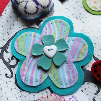Colour Burst Flower Brooch in Turquoise - Hand stitched felt - Floral brooch