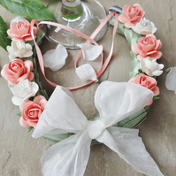 Wedding Horseshoe - Pale coral & Ivory