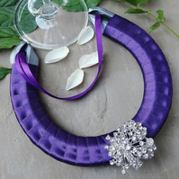 Wedding Horseshoe - Purple Glitz