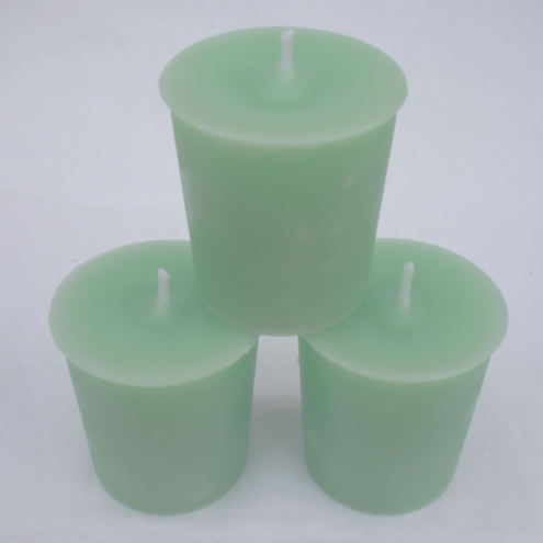Four leaf clover scented votive candle