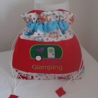 """I LOVE GLAMPING""   TOILETRY BAG"