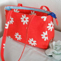 RETRO FLOWERS FABRIC HANDBAG