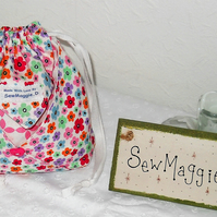 GORGEOUS DRAWSTRING TOILETRY BAG