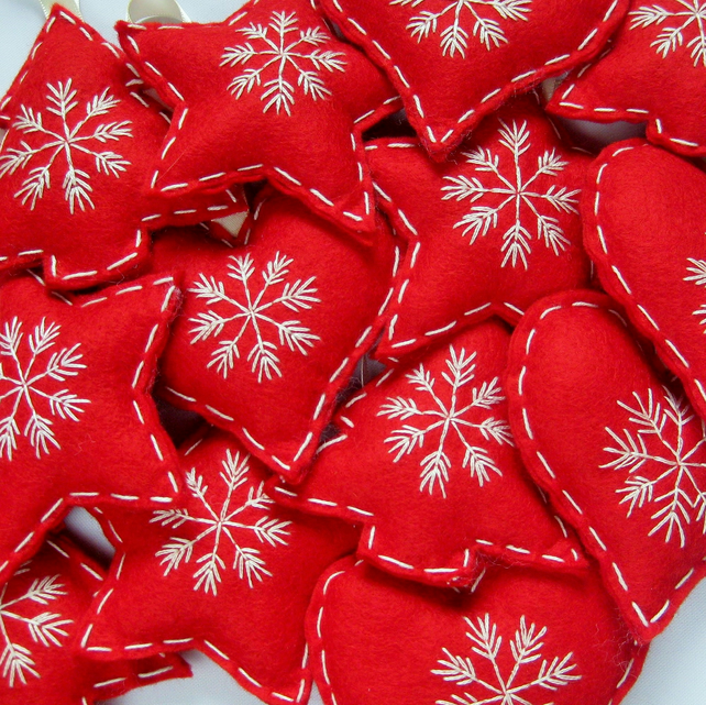 Swedish Christmas Decorations.Scandinavian Christmas Felt Hanging Tree Decorations In Red