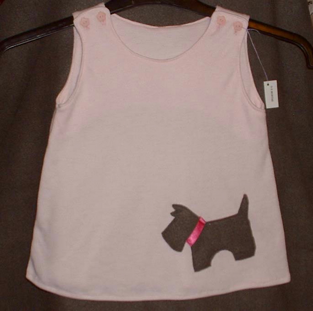 Hand made baby dress in pink with applique dog design - 0-3 months (approx)