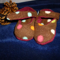 Hand made fleece baby shoes- brown & multicoloured dot -0-6 months