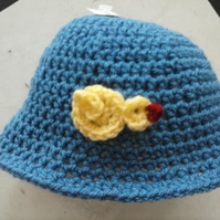 crochet baby hat with chick detail