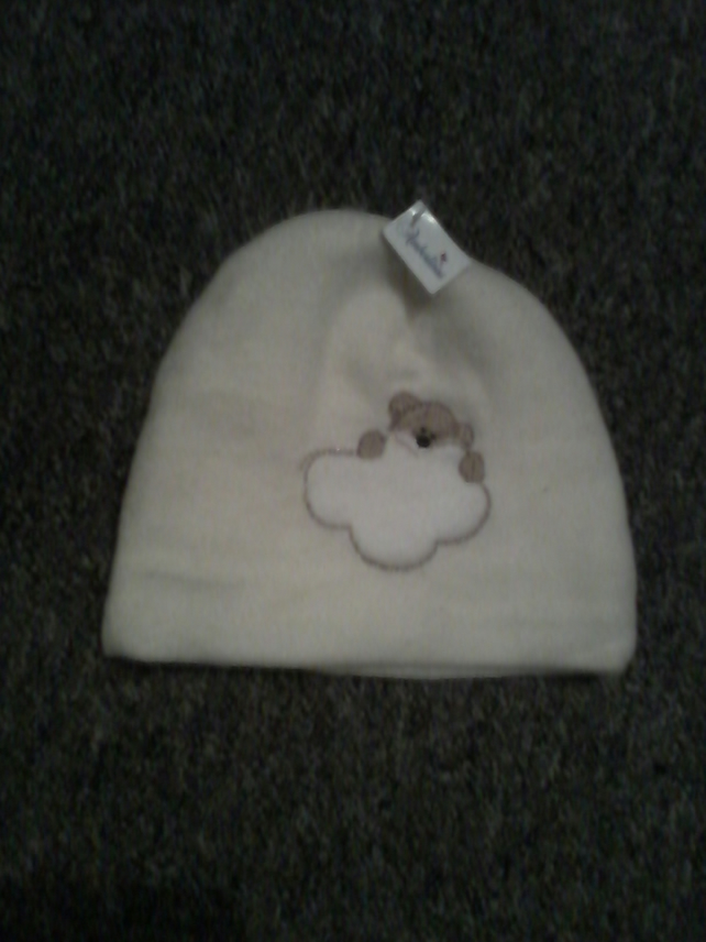 Baby hat in soft fleece fabric -cream with bear image