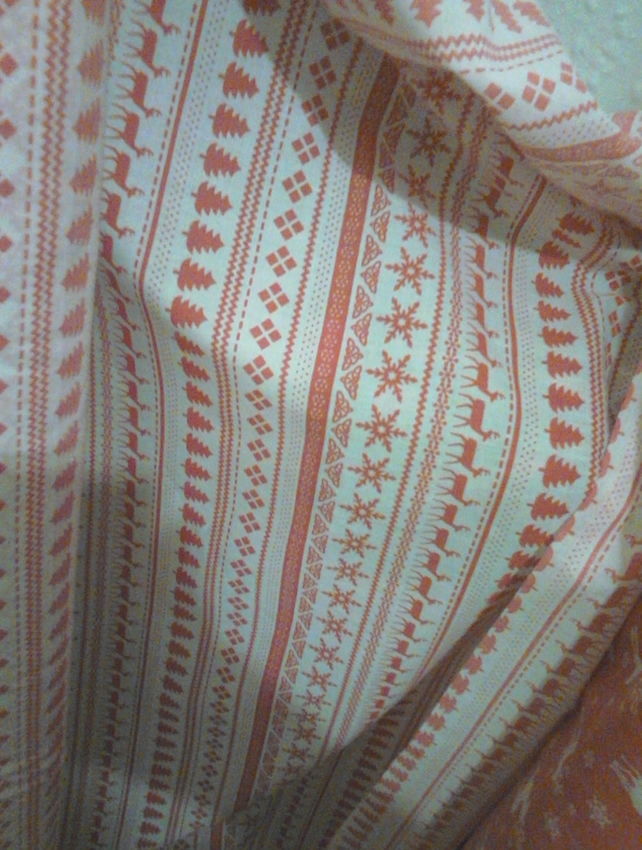 Xmas fabric white with red scandinavian print -per fat quarter