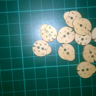 Little wooden ladybug buttons  set of 6