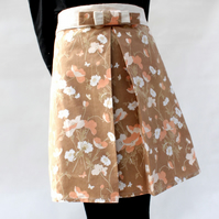 Brown Daisies and Poppies 50's style Apron