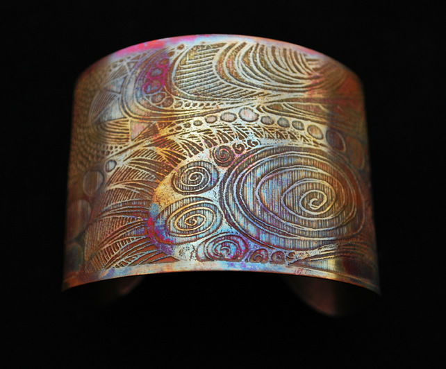 Coloured copper pattern cuff - large