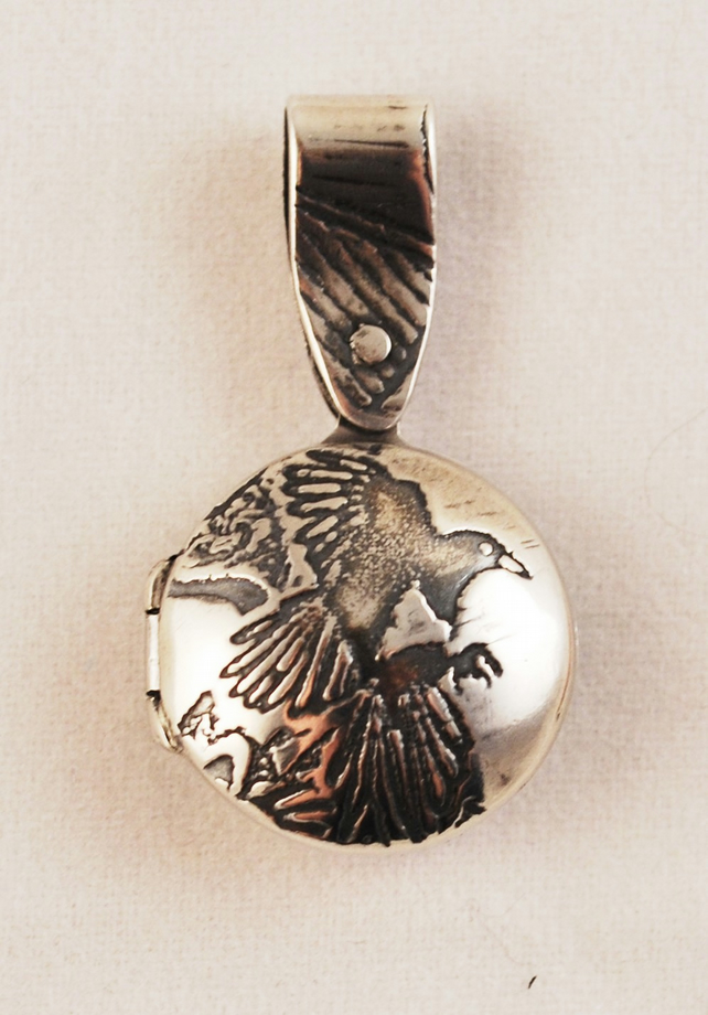 small sterling silver magpie locket