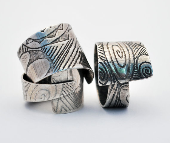 Sterling silver patterned wrap around  adjustable ring