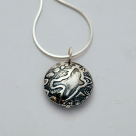 Sterling Silver Pattern bird on the wing pendant, small