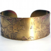 Brass magpie Cuff - medium size