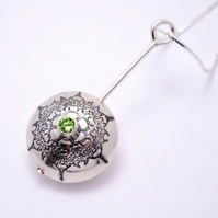 Peridot set Etched sterling silver pendant