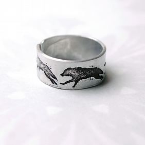 Wolf Ring, Adjustable wolf design ring, Running Wolves