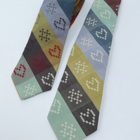 Tie – handmade for you with exclusive Folklore Fabric
