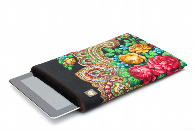 Neoprene padded iPad sleeve from traditional Russian Pavlovo Posad shawl