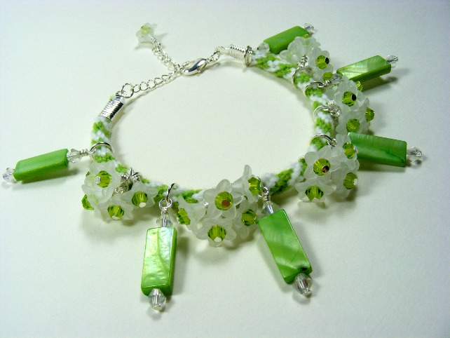 Flower and Shell Charm Bracelet