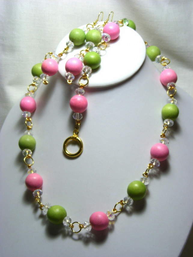 Pale Green and Pink Wooden Jewellery Set