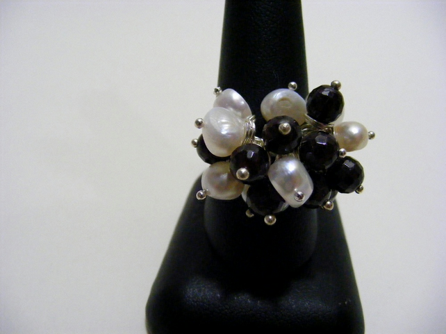 Freshwater Cultured Pearl and Garnet Adjustable Ring
