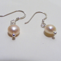 Pearl freshwater Cultured Pearl and 925 Sterling Silver Earrings