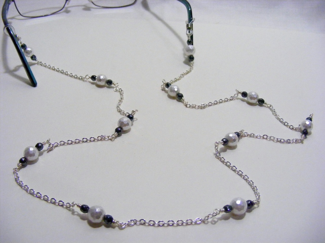 White Shell and Black Hematite Spectacle Chain