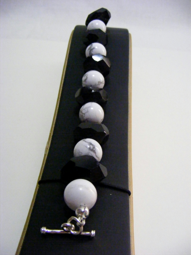 Black Onyx and White Howlite Bracelet