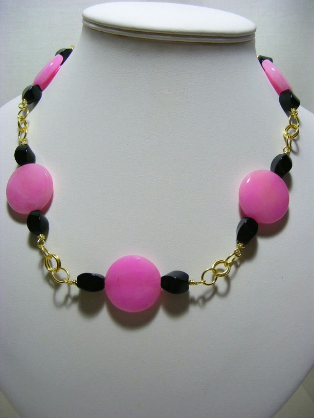 Pink Quartzite and Black Agate Gemstone Necklace
