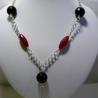 Red Quartzite and Black Agate Necklace