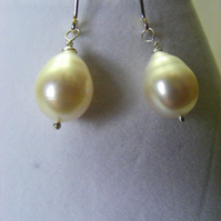 White Freshwater Cultured Pearl Drop Earrings